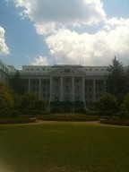 'America's Resort', half-day's drive from Baltimore: dining at The Greenbrier + award-winning recipe [classic article]