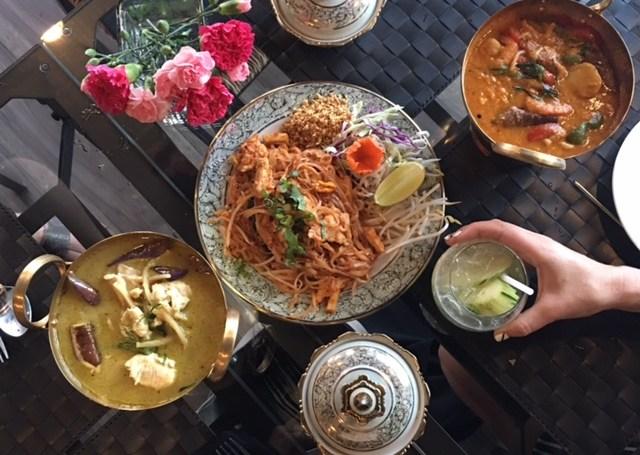 social-thai-ottawa-foodie-thai-restaurant-bank-street-eatery