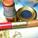Elegant Spring looks while traveling with good-for-you Jane Iredale  [classic article]